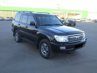 Toyota Land Cruiser 100 Черный